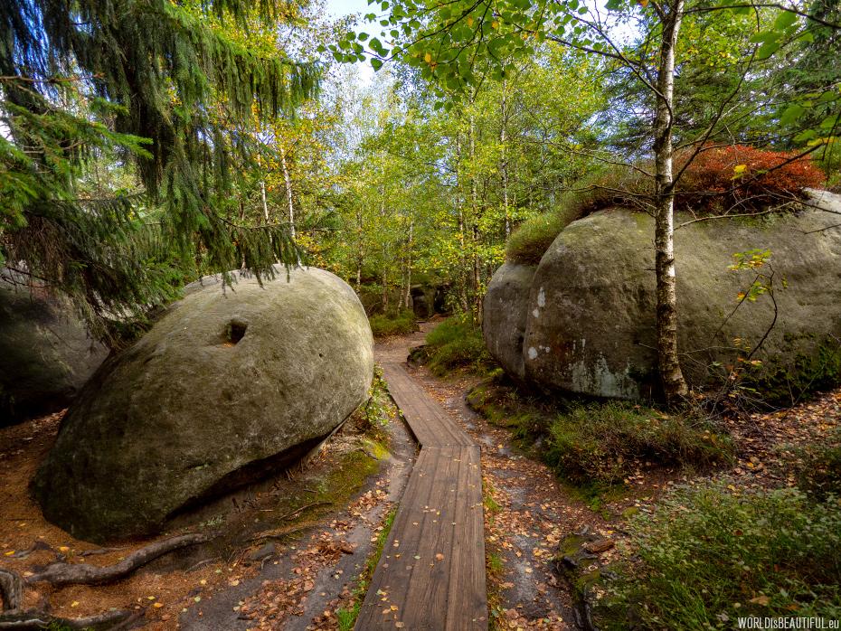 The trail to Szczeliniec Wielki