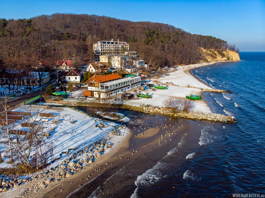 Beach and cliff in Orłowo in the winter