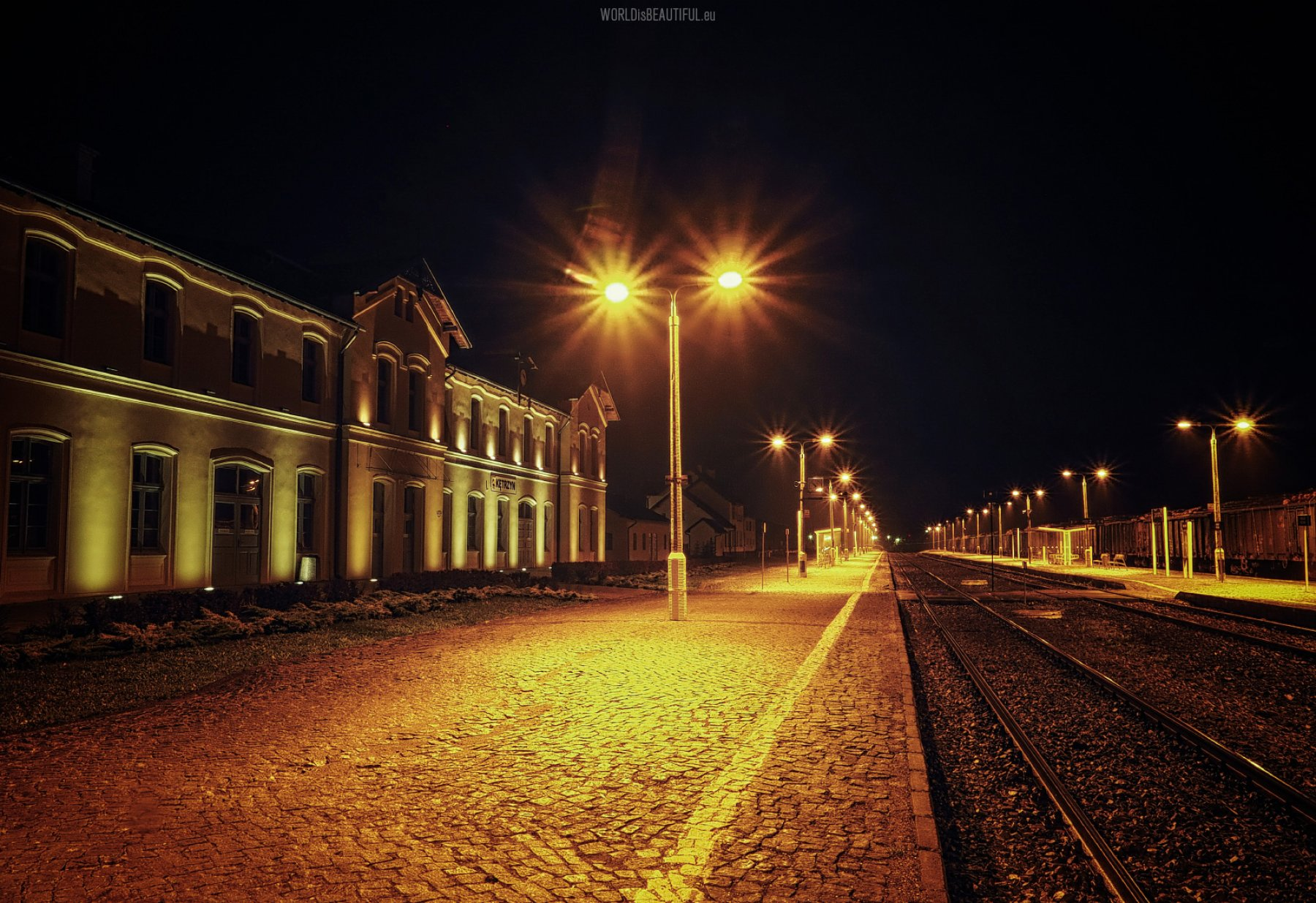 Kętrzyn station by Night