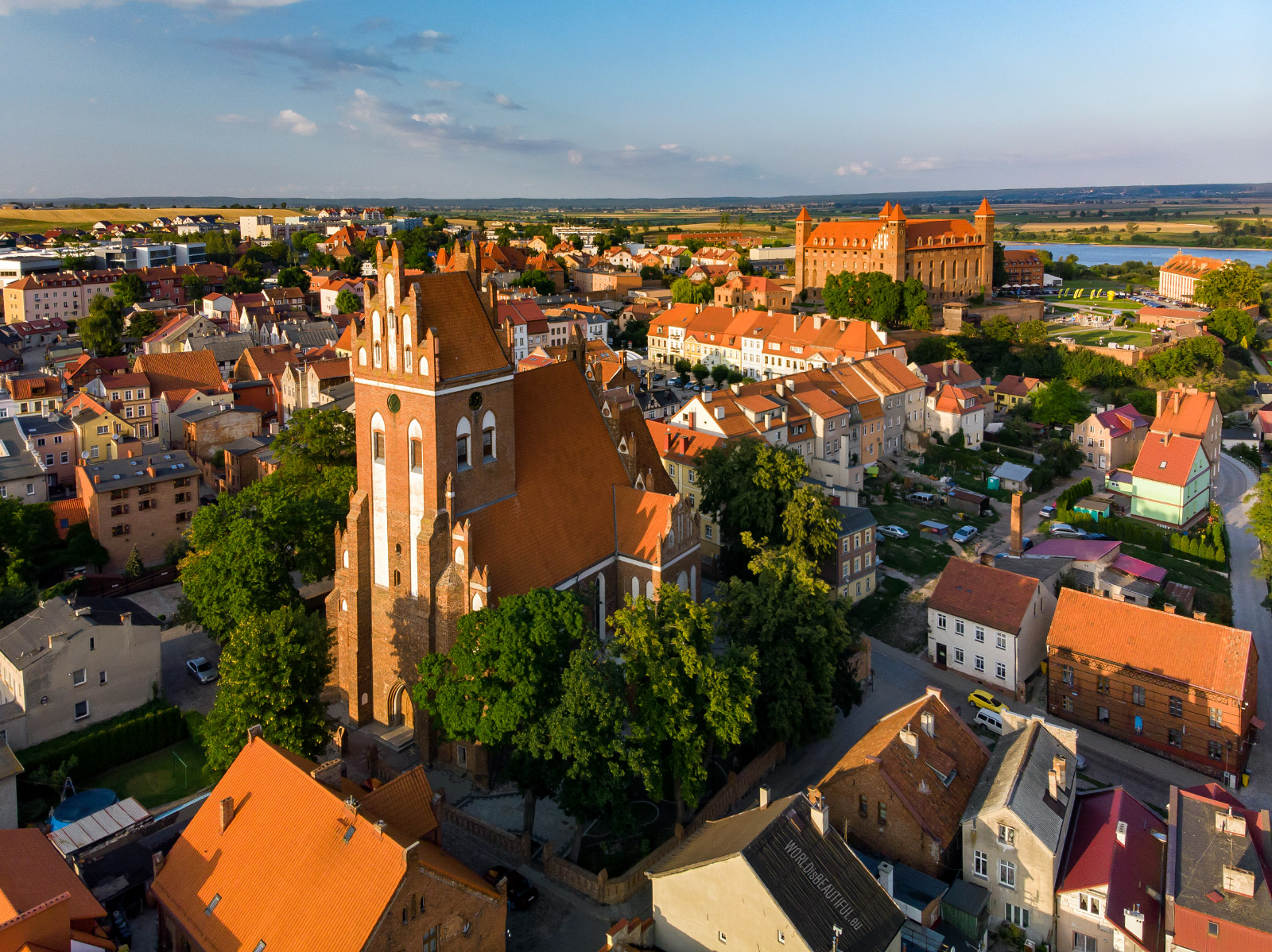 Gniew from a bird's eye view
