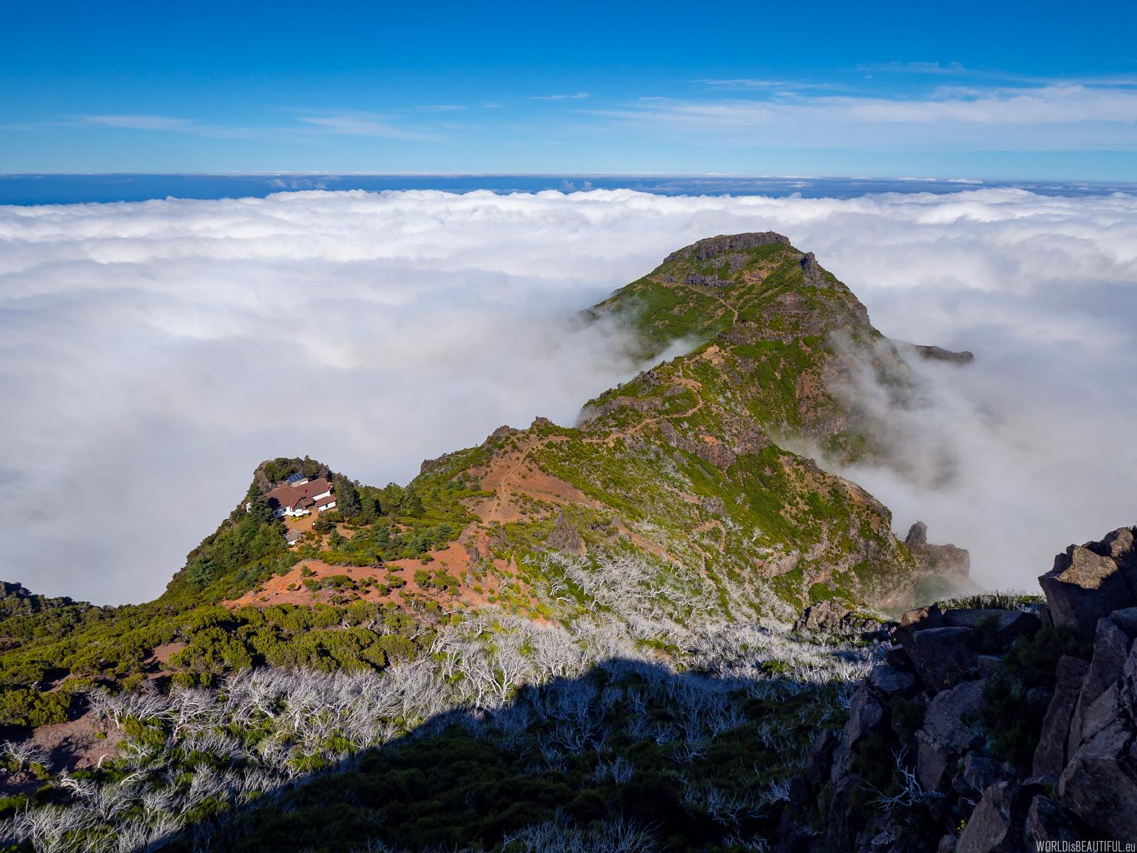 Mountain hut under Pico Ruivo