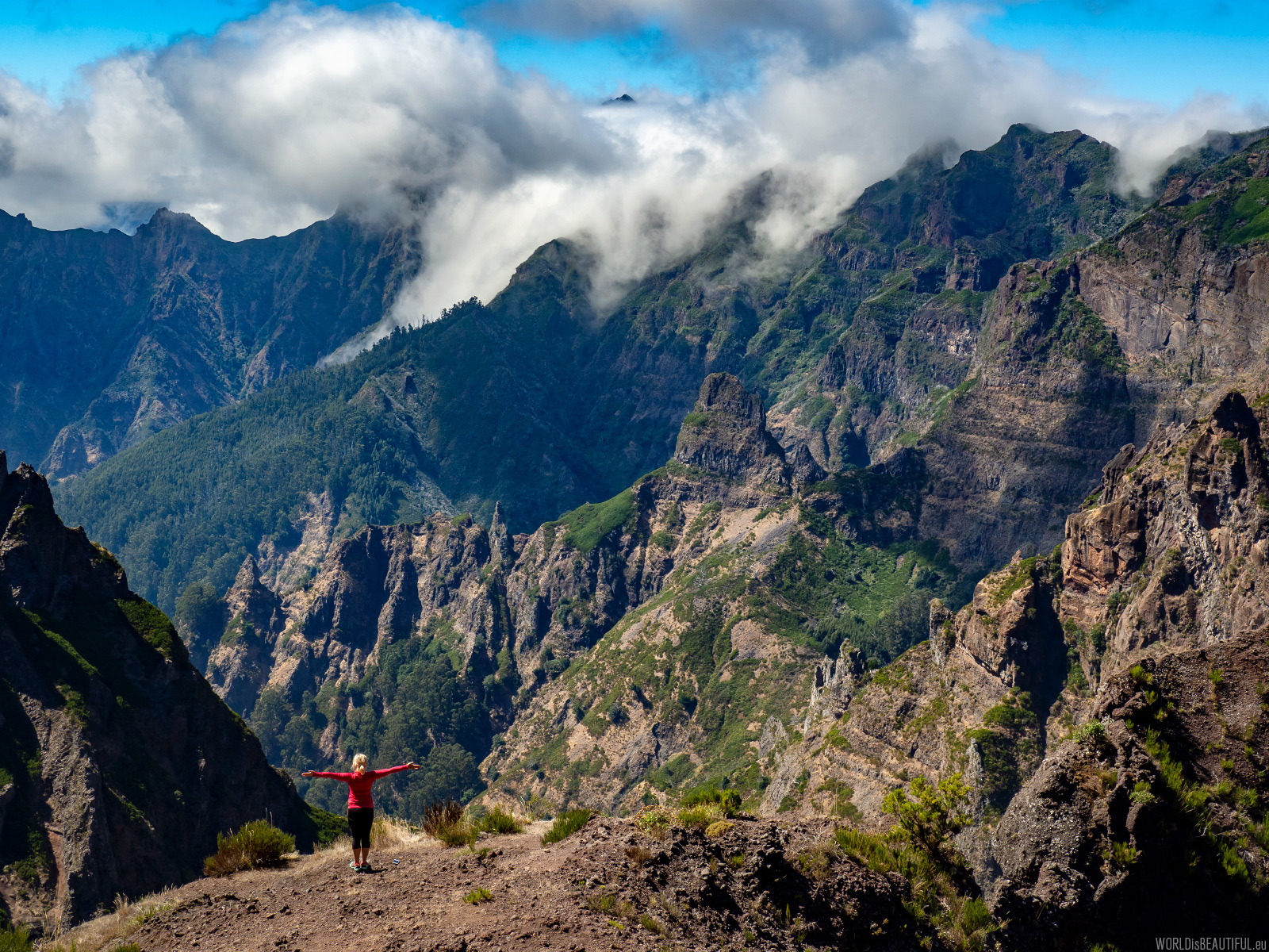Górskie widoki na Maderze