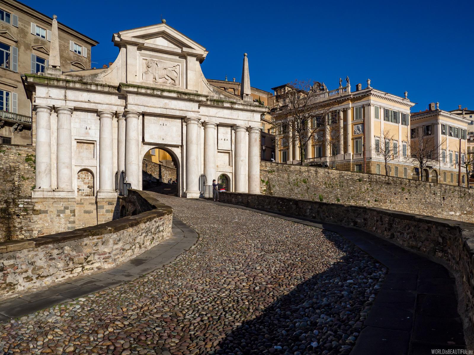 Bergamo - brama do miasta