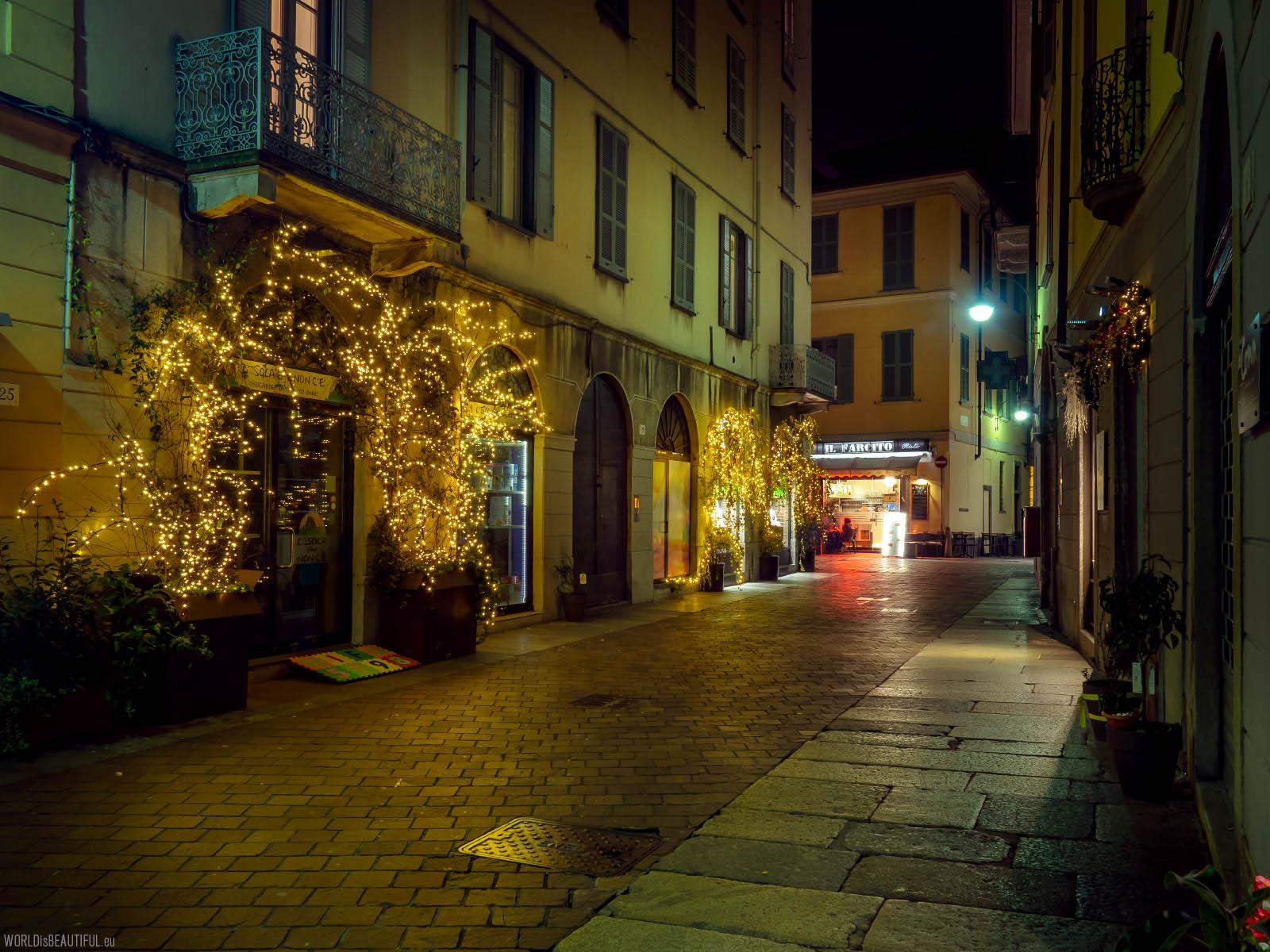 Como by night