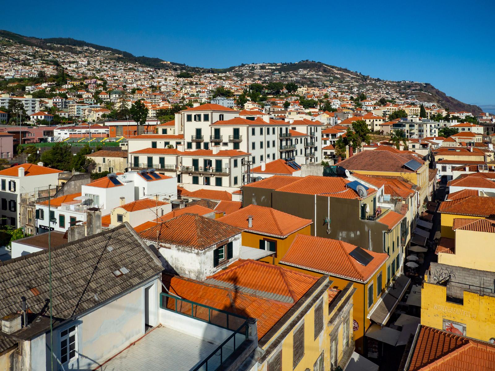 Colors in Funchal