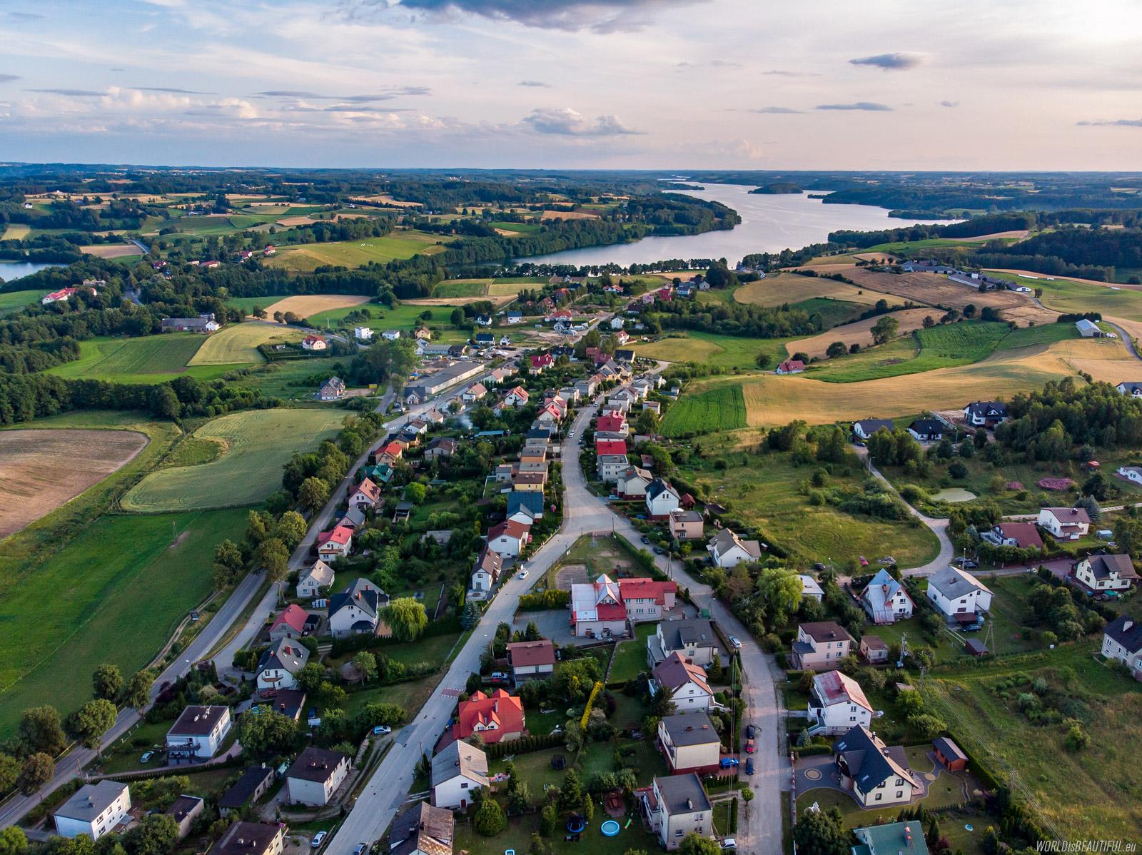 Chmielno and Lake Radunskie