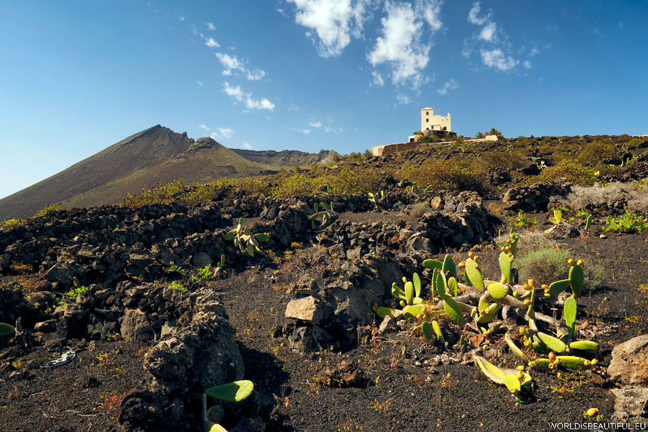 Volcano La Corona
