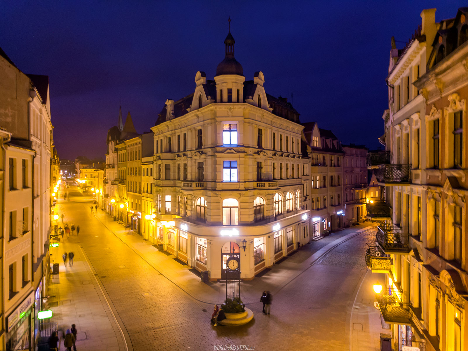 A night walk in the old town