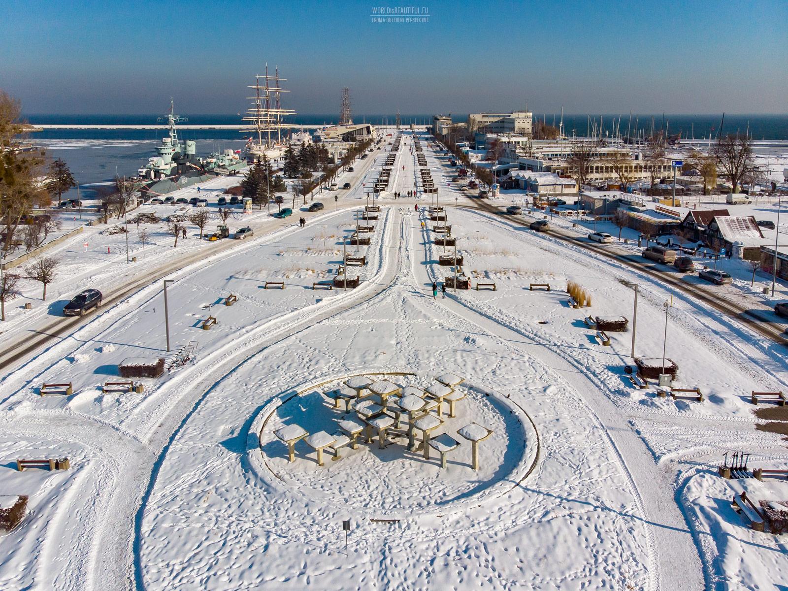 Kościuszko Square in winter