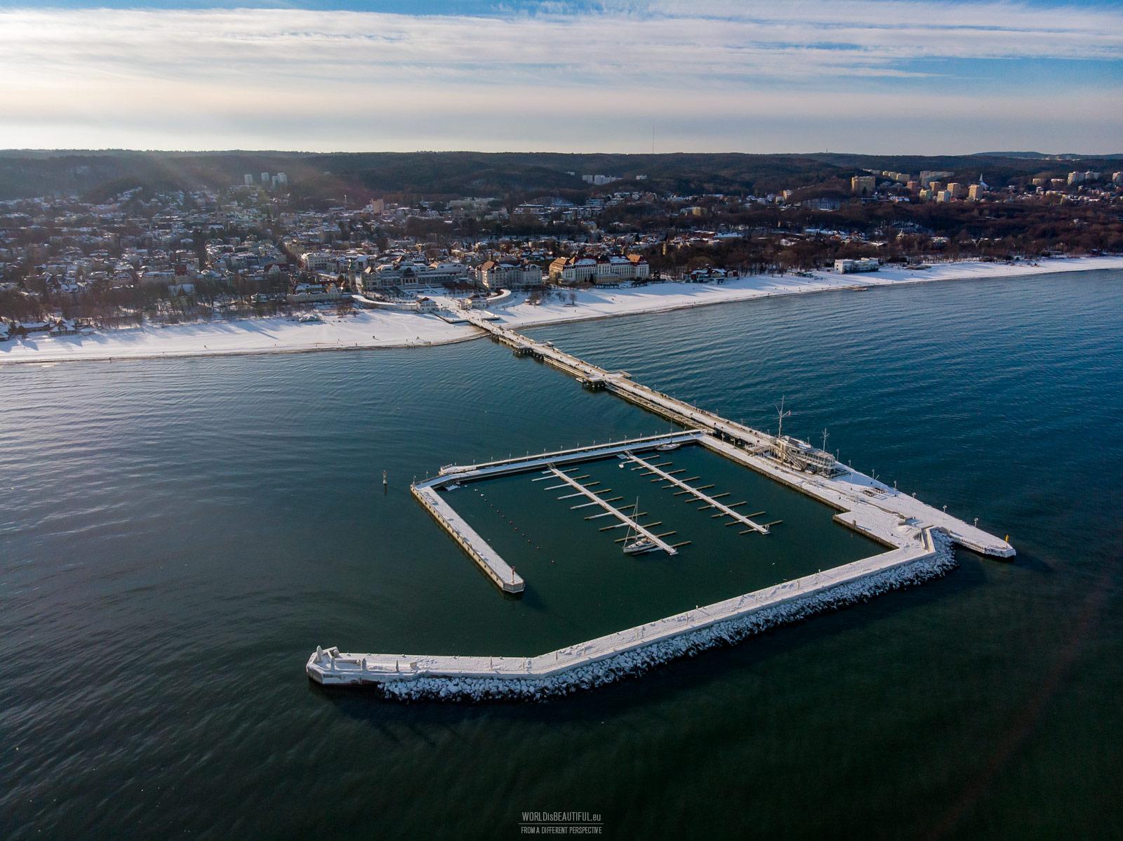 Pier in Sopot, winter photo