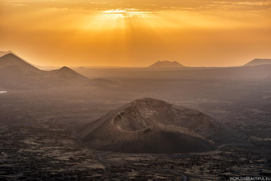 Wulkany na Świecie