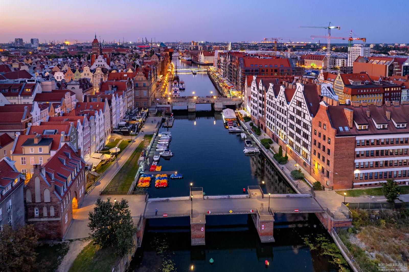 Motlawa river in the center of Gdańsk