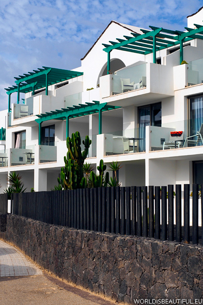 Costa Teguise - hotels and apartments