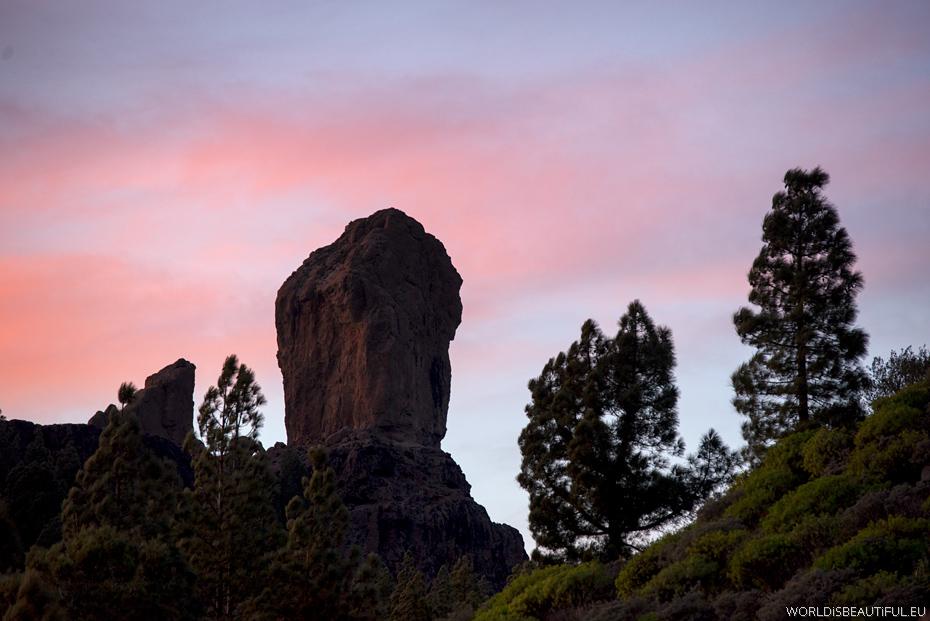 Roque Nublo after sunset