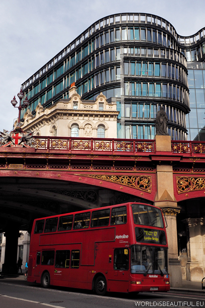 London bus and Holborn Viaduct
