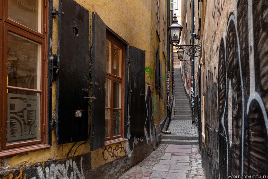 Najwęższa uliczka w Sztokholmie