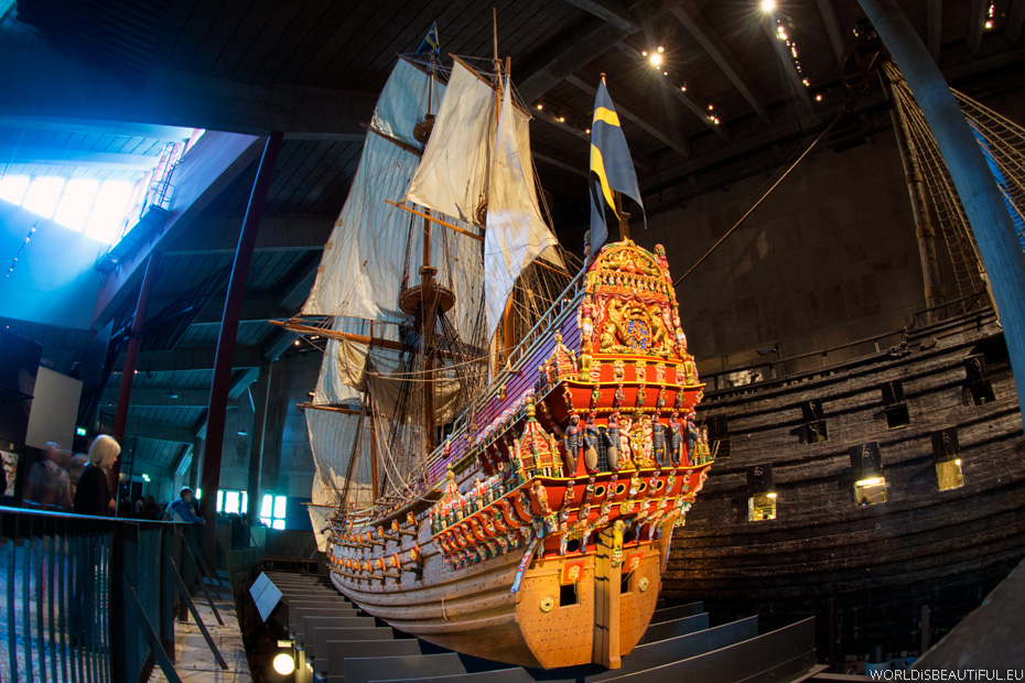 Vasa ship and his replica in the museum