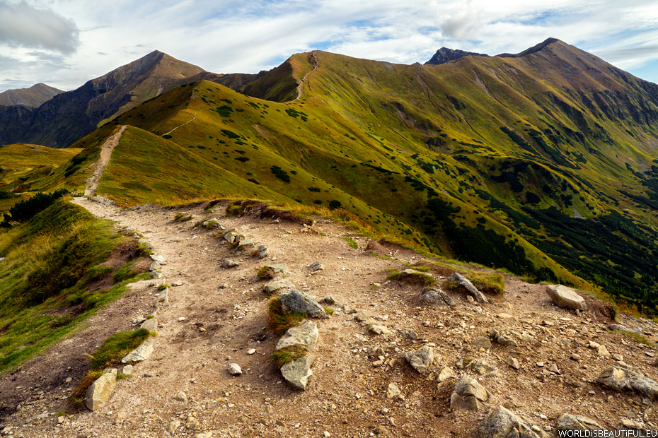 Trail in the mountains, Starostobocianski Wierch