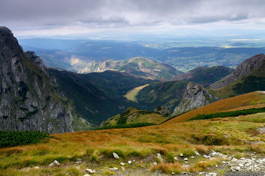 Tatrzańskie widoki, zbocze Kondrackiej Kopy i dolina