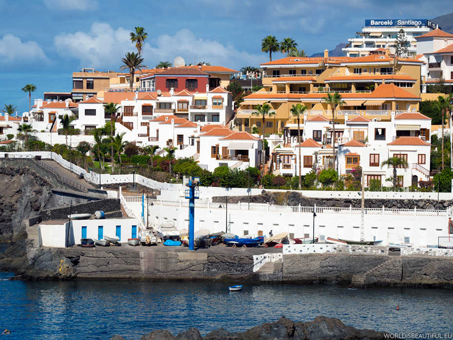 Apartments and hotels in Puerto de Santiago