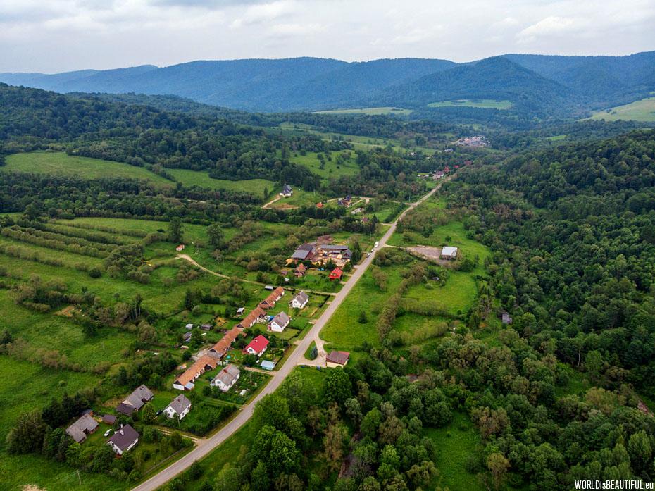 Zatwarnica and the Otryt mountain range